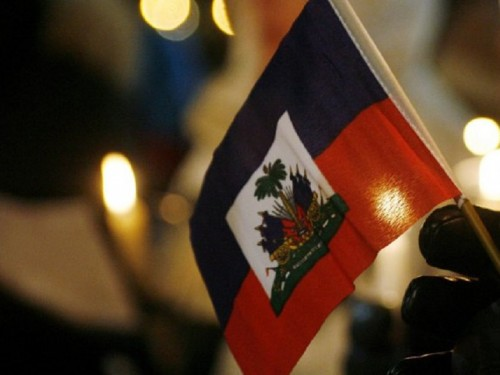 455926-drapeau-national-haitien